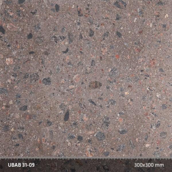 Terrazzo 31:09. Slipad gråbetong. Att slipa trappans konstruktionsbetong ger en vacker, tålig yta som låter materialet komma till tals. Materialkostnaden är låg, men slipningen av de hårda svenska ballastsorterna är kostsam. Resultatet är en exklusiv yta som upplevs både varm, mjuk och rått industriell på samma gång.