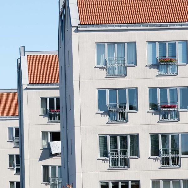 Kvarter Kandidaten i Uppsala från vägen